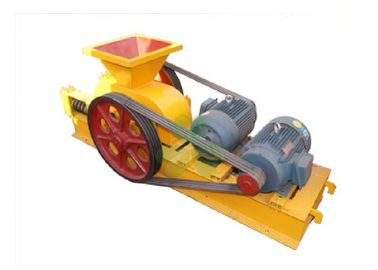 China Portable Mining Crusher Machine With Two Cylindrical Roll Compact Design supplier