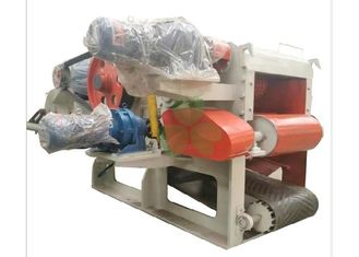 China Heavy Duty Mobile Veneer Wood Crusher Machine 1400*12000mm Discharge Conveying supplier